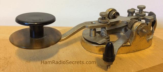 QRP CW straight key.